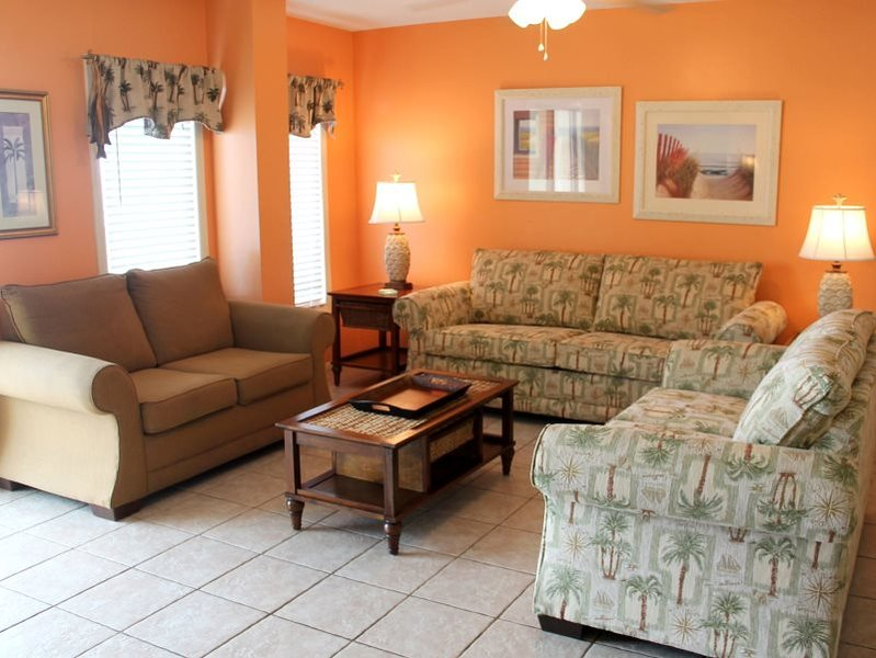21 and under welcome! Sleep 12 in this Huge 3 Bedroom, 3 Bath Penthouse Unit WITH BEACH CHAIR SERVICE in 2016 at The Summit! - Image 1 - Thomas Drive - rentals