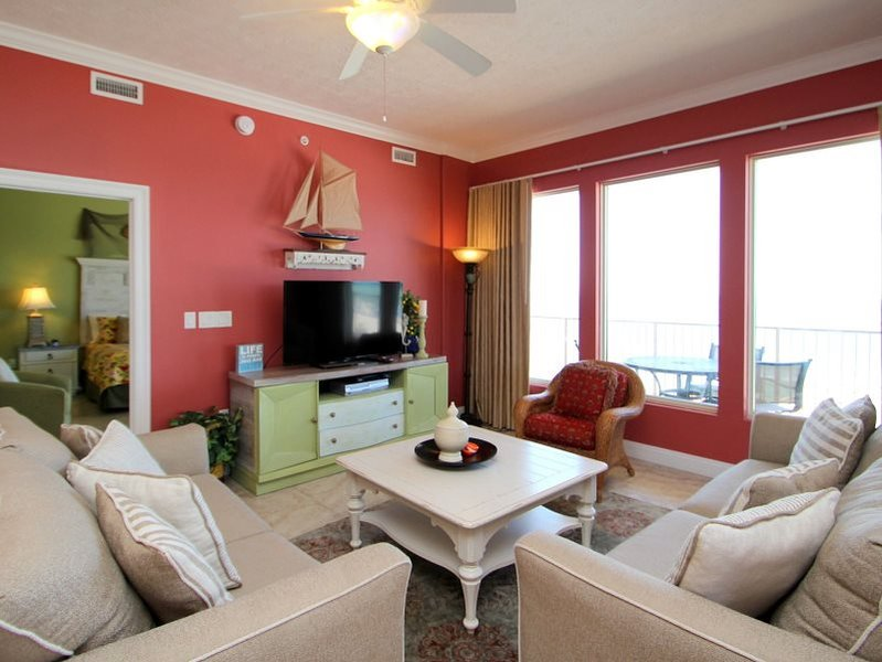 Get Free Beach Chairs with your Convenient 3rd floor 3 Bedroom with Private Wrap Around Balcony! - Image 1 - Thomas Drive - rentals