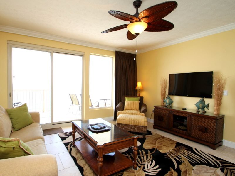 Family Friendly fun at Treasure Island ! FREE BEACH CHAIR SERVICE with rental of this Beautiful 9th floor condo. - Image 1 - Thomas Drive - rentals
