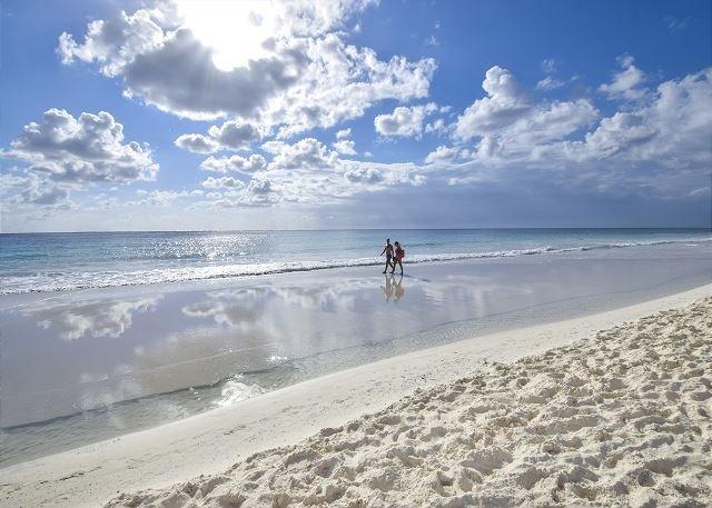 Oceanfront with pool 2 bedroom in Xaman Ha (XH7005) - Image 1 - Playa del Carmen - rentals