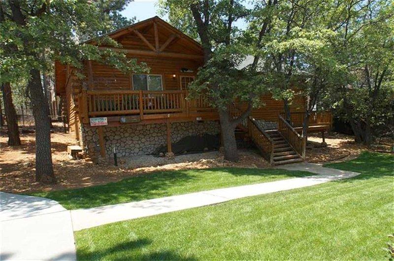 Grey Squirrel Cottage - Image 1 - Big Bear Area - rentals