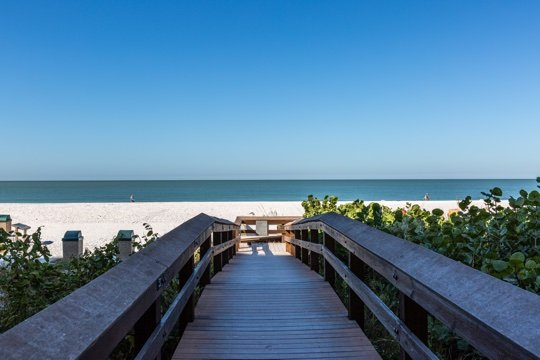 Beach Access - Apollo 309 - Great Location Beachfront Condo! - Marco Island - rentals