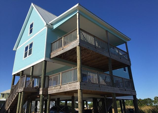 Sea Turtle - Beautiful Spacious House with Beach and Bay access in Fort Morgan! - Fort Morgan - rentals