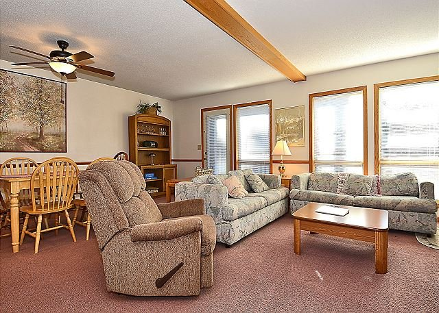 Deerfield Village 52-Spacious 3 Bedroom near Ski Resorts in Canaan Valley - Image 1 - Davis - rentals