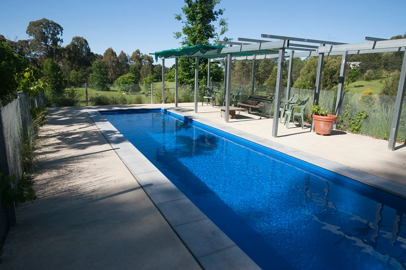 Garden Cottage - the pool for use over summer - Garden Cottage, Stanley near Beechworth Victoria - a calm, woodland retreat - Beechworth - rentals