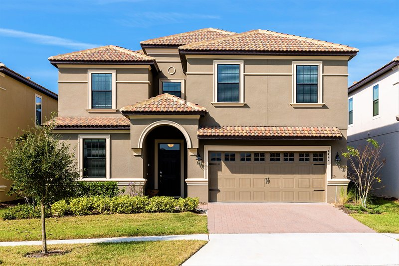 Luxury 8 Bed Villa Champions Gate 15min to  Disney - Image 1 - Davenport - rentals