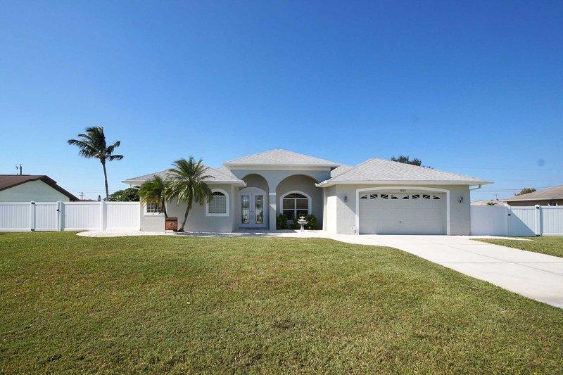 Villa Sun Daze - Image 1 - Cape Coral - rentals
