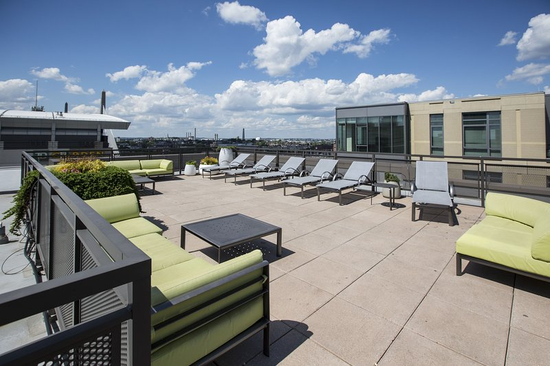 Stay Alfred Boston Vacation Rental Rooftop Patio - Amazing Canal Street Apartment by Stay Alfred - Boston - rentals
