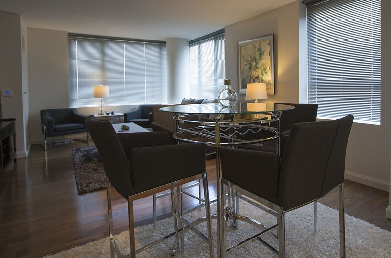 Stay Alfred Boston Vacation Rental Dining Room - Excellent Washington Street Apartment by Stay Alfred - Boston - rentals