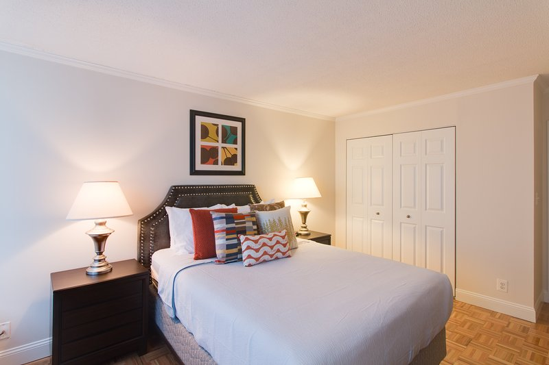 Stay Alfred Boston Vacation Rental Bedroom - Charming Longfellow Place Apartment by Stay Alfred - Boston - rentals