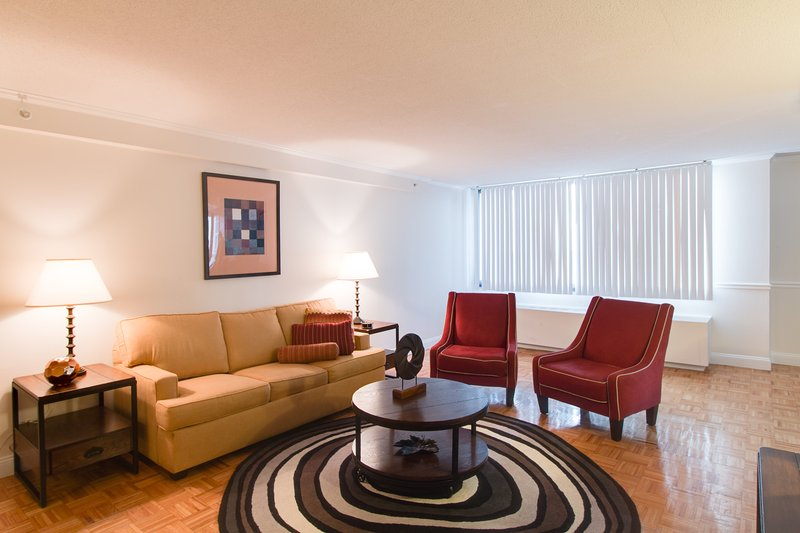 Stay Alfred Boston Vacation Rental Living Room - Captivating Longfellow Place Apartment by Stay Alfred - Boston - rentals