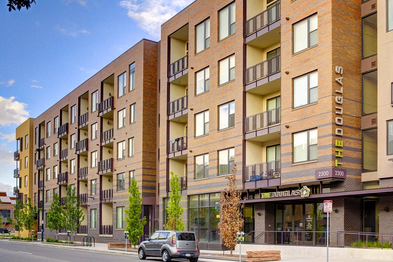 Stay Alfred Denver Vacation Rental Exterior - Captivating Walnut Street Apartment by Stay Alfred - Denver - rentals