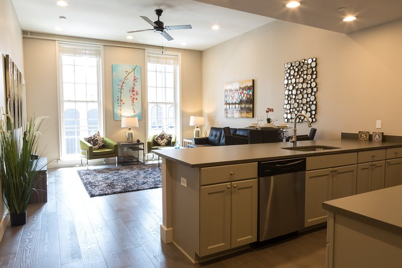 Stay Alfred New Orleans Vacation Rental Kitchen - Attractive North Carondelet Street Apartment by Stay Alfred - New Orleans - rentals