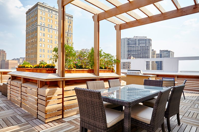 Stay Alfred Philadelphia Vacation Rental Rooftop Patio - Amazing West Chestnut Street Apartment by Stay Alfred - Philadelphia - rentals