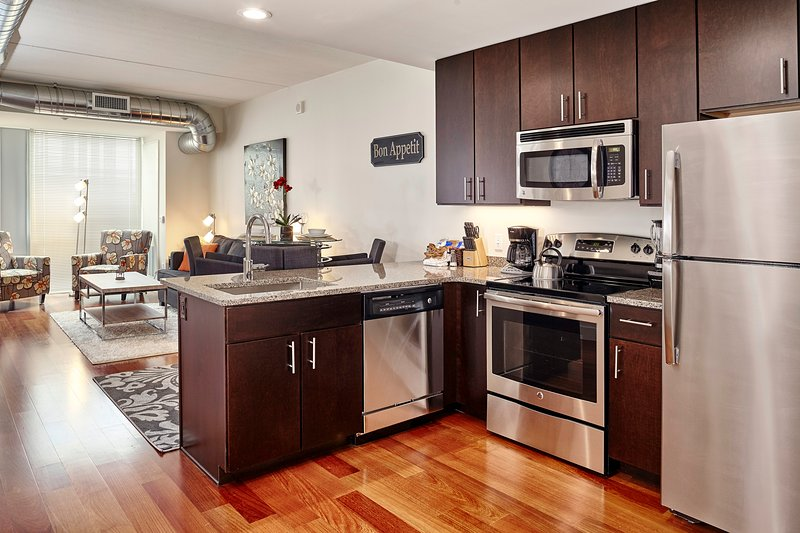 Stay Alfred Philadelphia Vacation Rental Kitchen - Charming West Chestnut Street Apartment by Stay Alfred - Philadelphia - rentals
