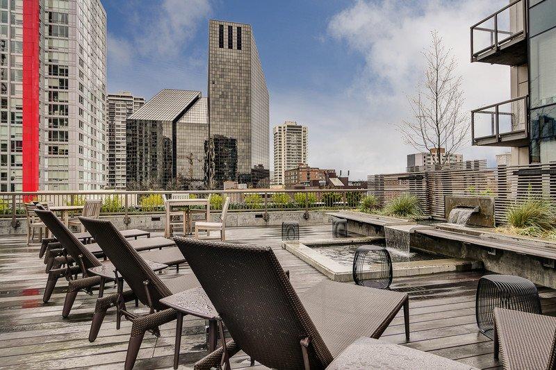 Via6 - Via6 NP2410 V62 - Seattle - rentals