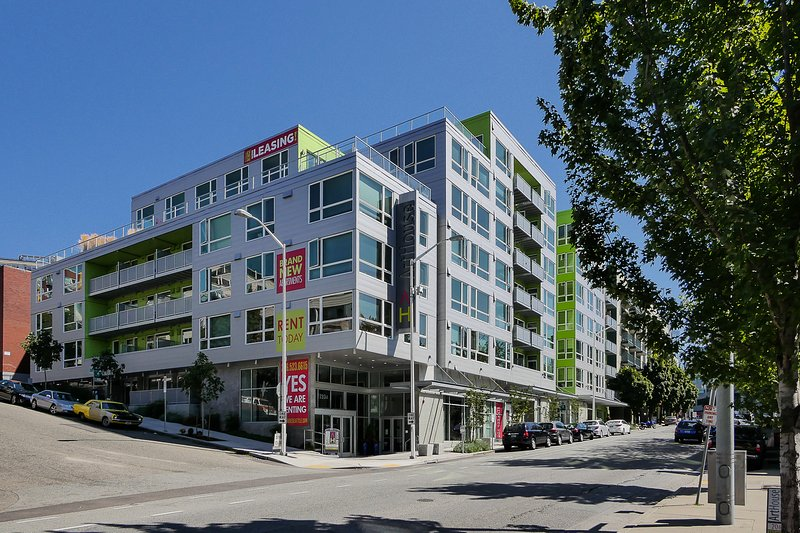 Stay Alfred Seattle Vacation Rentals Building Exterior - Captivating Elliott Avenue Apartment by Stay Alfred - Seattle - rentals