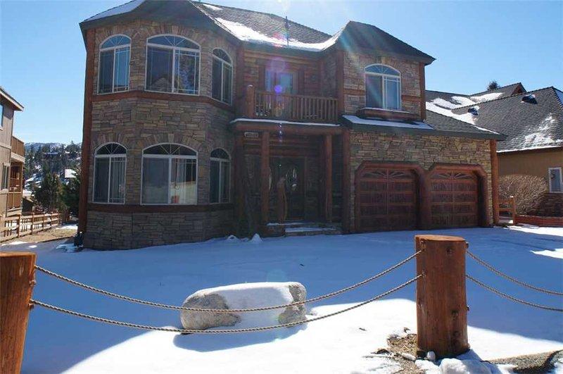 Bear Loop Estate - Image 1 - Big Bear City - rentals