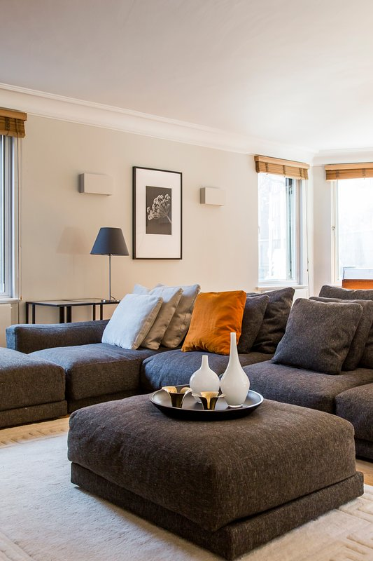 Holbein Place - Image 1 - London - rentals