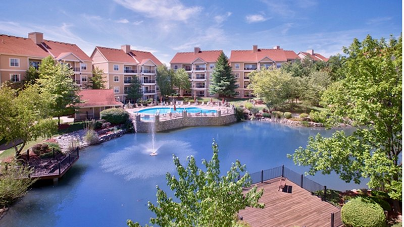 Our condo, nestled on a spacious, family-friendly resort, is the perfect place for a vacation! - Entertainment Awaits – Wyndham Branson at the Meadows 2-Bedroom Condo - Branson - rentals