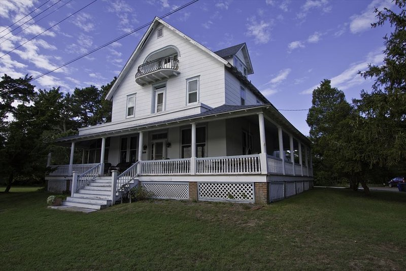 """Historic CMP """"Ice House"""" 100659 - Image 1 - Cape May Point - rentals"""