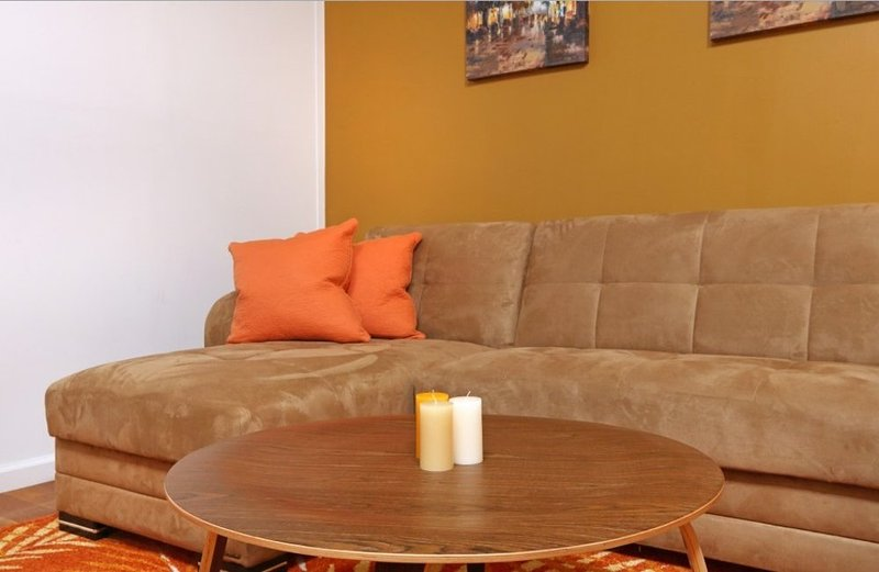 Vibrant and Cozy 2 Bedroom, 1 Bathroom New York Apartment - Fully Furnished - Image 1 - New York City - rentals