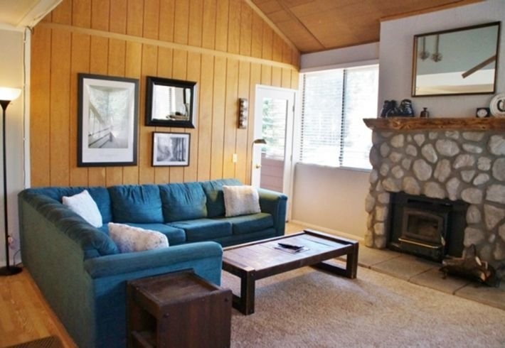 San Sierra, by Village - Listing #276 - Image 1 - Mammoth Lakes - rentals