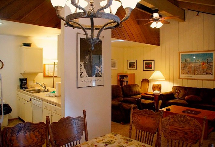 Comfort & Affordability: Conveniently Located - Listing #280 - Image 1 - Mammoth Lakes - rentals