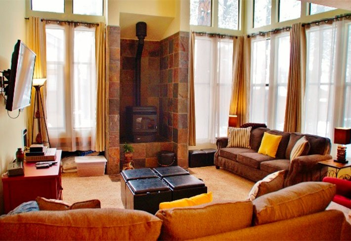 Light-filled St. Moritz Villa - Listing #325 - Image 1 - Mammoth Lakes - rentals