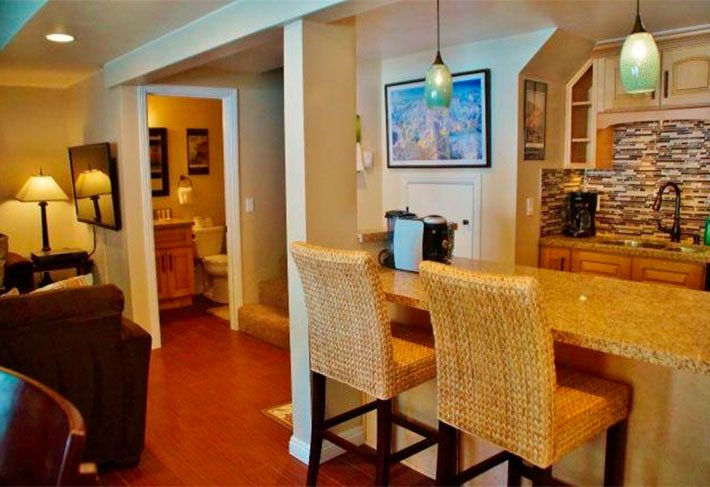 Luxury Studio Near Village - Listing #341 - Image 1 - Mammoth Lakes - rentals