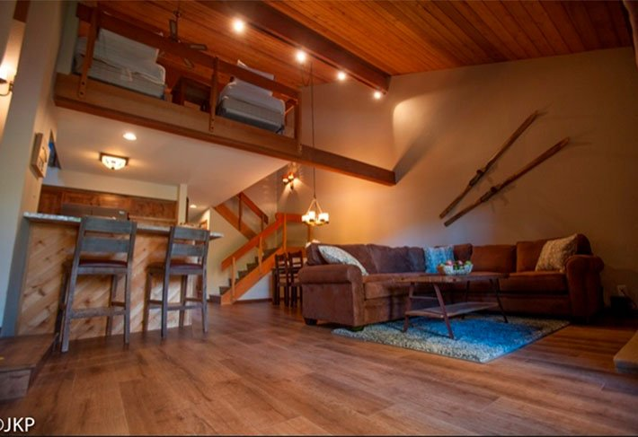 Family-Friendly Comfortable Retreat - Listing #352 - Image 1 - Mammoth Lakes - rentals