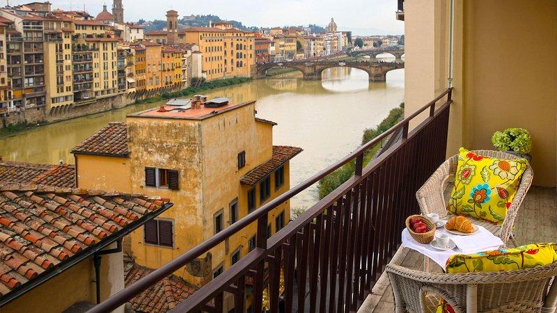 Perfect Arno RiverViews-Wonderful Terrace-Ponte Vecchio-Terrace-Luxury-Memoria - Image 1 - Florence - rentals