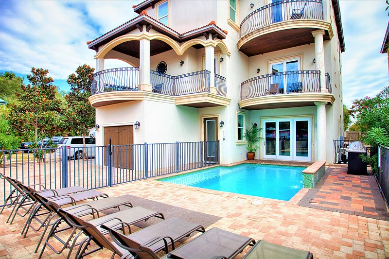 Adonis: 10Bdrm-Game Rm-Private Beach/Pool/Hot Tub - Image 1 - Miramar Beach - rentals