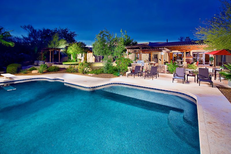 Massive private pool with diving board and baja feature. - Entertaiment Galore! Bocce Court, Huge Pool, Putting Green, Hot Tub, Pool Table! - Scottsdale - rentals