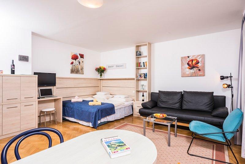 Comfortable garden studio ApH03 - Image 1 - Vienna - rentals