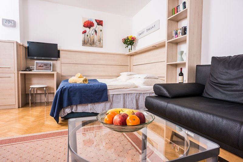 Comfortable garden studio ApR02 - Image 1 - Vienna - rentals