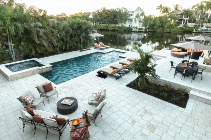 Luxurious vacation retreat in picturesque setting with heated pool, spa & dock on the Imperial River w/Gulf access. - Professionally Decorated 4-5BR/4BA Home w/htd.pool,spa, & dock- less than 2 - Bonita Springs - rentals