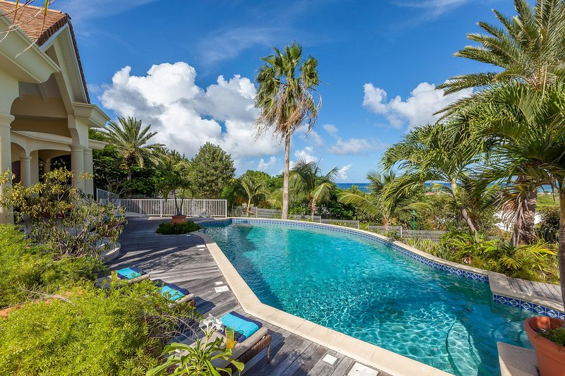 Orient View... 4BR vacation rental villa in Orient Bay, St Martin.  800 480 8555 - ORIENT VIEW...  gorgeous 4 BR villa overlooking Orient Bay, perfect for large families! - Orient Bay - rentals