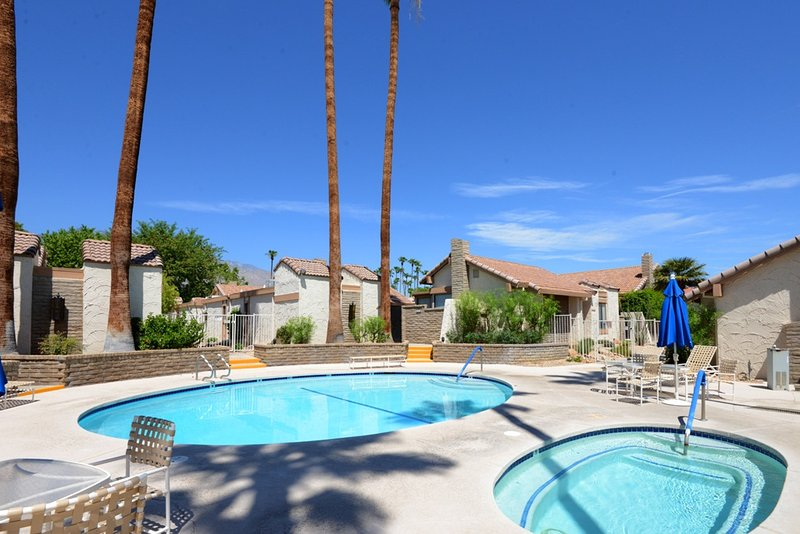 Canyon Sands Hideaway - Image 1 - Palm Springs - rentals