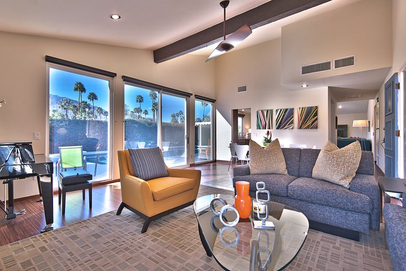 Palm Springs Holiday House - Image 1 - Palm Springs - rentals