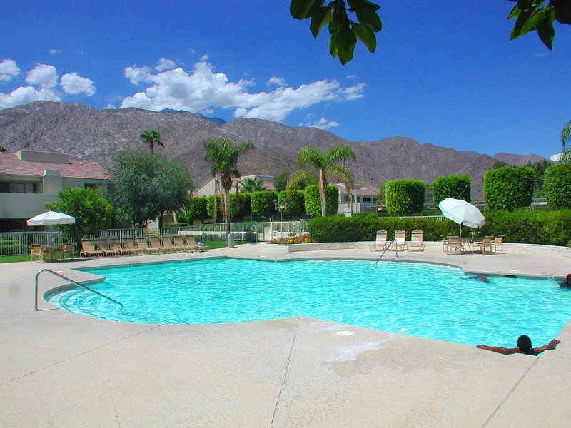 Plaza Villas Getaway - Image 1 - Palm Springs - rentals