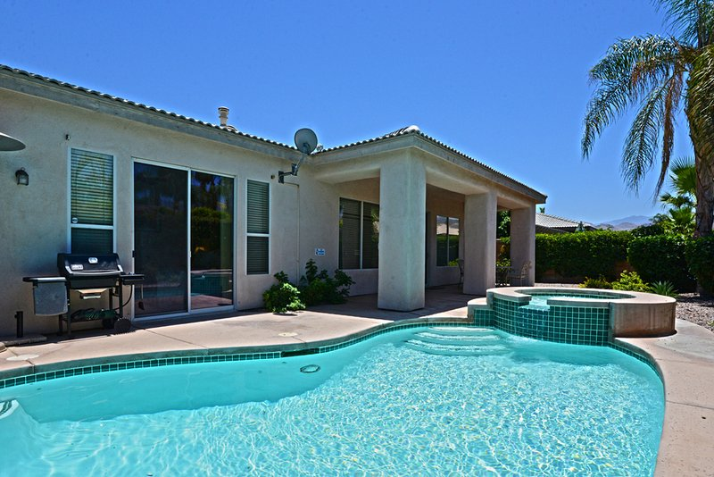 Holiday Villa Lemmi - Image 1 - Cathedral City - rentals