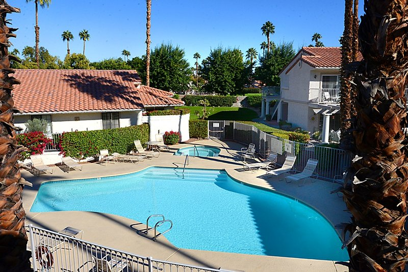 Mesquite CC Fun in Sun - Image 1 - Palm Springs - rentals
