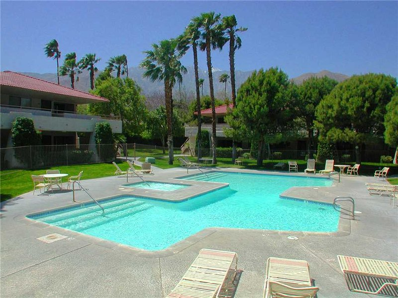 PS Villas II Retreat - Image 1 - Palm Springs - rentals