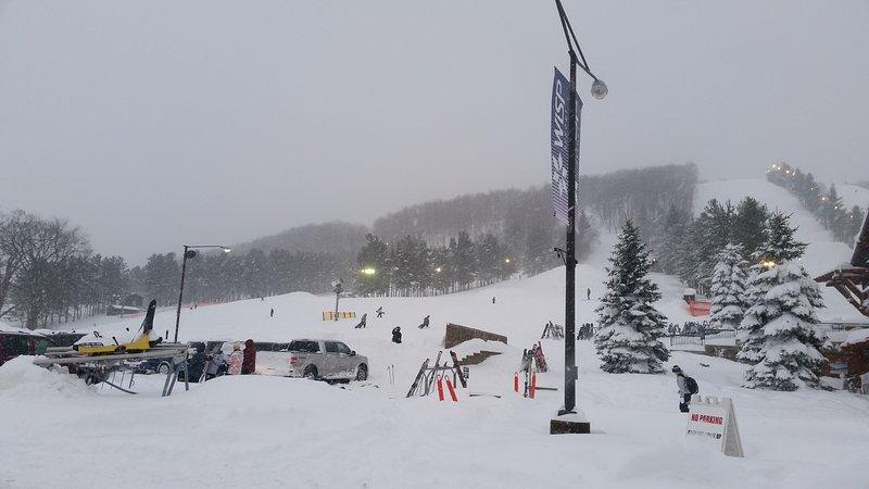 Lakewood 3Br 3 Ba Ski / 5 min to Wisp - Image 1 - McHenry - rentals