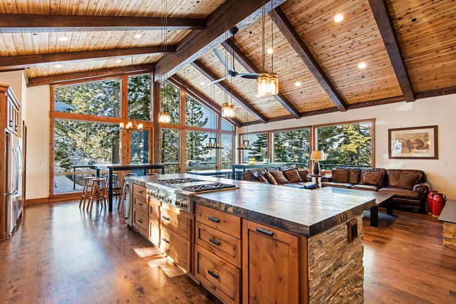 Secluded Lakeview Estate - new furnishings/hot tub - Image 1 - South Lake Tahoe - rentals