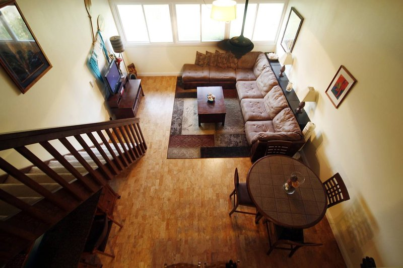 Hawaii Art Deco comfy open spaces  - North Shore Turtle Bay Condo (Sleeps 6 ) - Kahuku - rentals