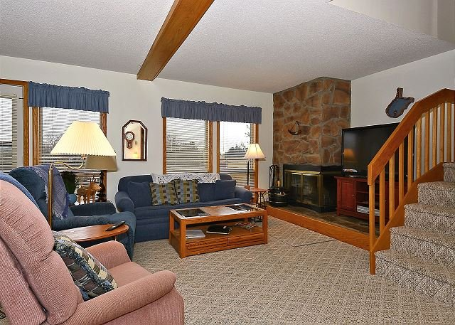"Living Area - Deerfield Village 078 ""Mountaineers"" Located in Canaan Valley, WV - Davis - rentals"