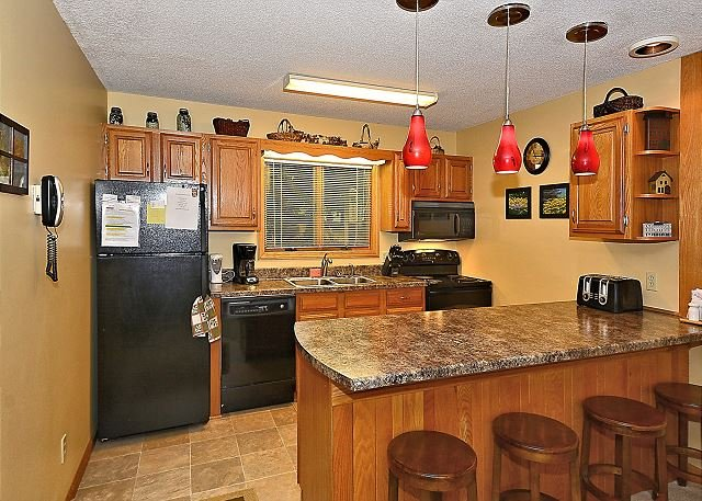 Kitchen - Updated 2 bedroom condominium located in the heart of ski country, Davis, WV - Davis - rentals