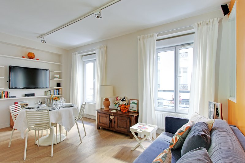 Welcome to your Parisian home ... - Paris Charming 1 Bedroom  Eiffel Tower Champs Elys - Paris - rentals